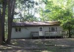 Foreclosed Home in Houghton Lake 48629 5212 TERRYS LN - Property ID: 4040858