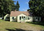 Foreclosed Home in Auburn 4210 7 SURREY LN - Property ID: 4040979