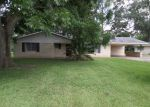 Foreclosed Home in Opelousas 70570 1201 ATTAKAPAS DR - Property ID: 4040990