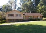 Foreclosed Home in Adamsville 35005 1015 GAIL DR - Property ID: 4041256