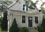 Foreclosed Home in Appleton 54915 824 S KERNAN AVE - Property ID: 4041386