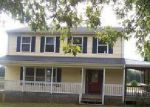 Foreclosed Home in Scottsville 24590 6942 W RIVER RD - Property ID: 4041418