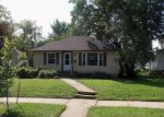 Foreclosed Home in Rochester 55904 1016 10 1/2 ST SE - Property ID: 4041810