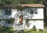 Foreclosed Home in Winchester 22602 525 PANTHER DR - Property ID: 4042583