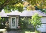 Foreclosed Home in Broomall 19008 111 HOLLY RD - Property ID: 4042852