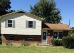 Foreclosed Home in Radcliff 40160 743 CAROLYN ST - Property ID: 4043598