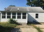 Foreclosed Home in Salem 62881 620 W ALLMON ST - Property ID: 4043752