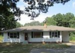 Foreclosed Home in Bauxite 72011 12012 STYLES RD - Property ID: 4044101