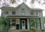 Foreclosed Home in Huntington 46750 978 CHARLES ST - Property ID: 4045819
