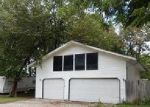 Foreclosed Home in Mount Olive 62069 115 COLFAX ST - Property ID: 4051482