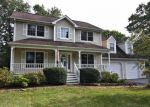Foreclosed Home in Wappingers Falls 12590 94 BROWN RD - Property ID: 4051781