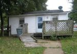 Foreclosed Home in Essex 21221 139 RIVERSIDE RD - Property ID: 4052098