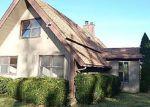 Foreclosed Home in Warwick 10990 64 BIG ISLAND RD - Property ID: 4053485