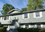Foreclosed Home in Flanders 7836 33 ROBERT ST - Property ID: 4054025