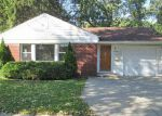 Foreclosed Home in Des Plaines 60016 1070 S WOLF RD - Property ID: 4056074