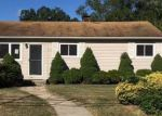 Foreclosed Home in Bay Shore 11706 1656 N THOMPSON DR - Property ID: 4058593