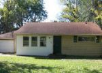 Foreclosed Home in Pekin 61554 105 WALNUT ST - Property ID: 4058994