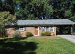 Foreclosed Home in Martinsville 24112 412 WOODHAVEN RD - Property ID: 4059482