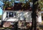 Foreclosed Home in Capitol Heights 20743 311 69TH PL - Property ID: 4062085
