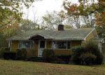 Foreclosed Home in North Smithfield 2896 2 EATON ST - Property ID: 4062184