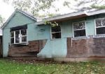 Foreclosed Home in Peoria 61605 1729 S HAPP AVE - Property ID: 4062920