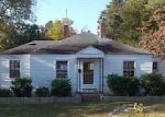 Foreclosed Home in Aberdeen 28315 903 COLONIAL AVE - Property ID: 4063081