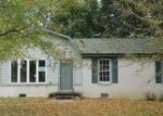 Foreclosed Home in Clarksville 37042 236 ORLEANS DR - Property ID: 4063219