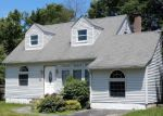 Foreclosed Home in Wappingers Falls 12590 19 CAYUGA DR - Property ID: 4063903