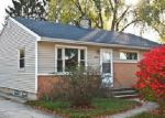 Foreclosed Home in Waukesha 53188 509 PETERS DR - Property ID: 4066645