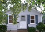 Foreclosed Home in Oshkosh 54902 117 W 22ND AVE - Property ID: 4066646