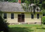 Foreclosed Home in Gales Ferry 6335 68 VINEGAR HILL RD - Property ID: 4066939