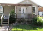 Foreclosed Home in Cut Off 70345 115 W 99TH ST - Property ID: 4067263