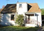 Foreclosed Home in Youngstown 44511 3629 DOVER RD - Property ID: 4072442