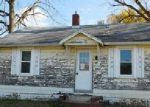 Foreclosed Home in Martinsville 46151 989 S COLFAX ST - Property ID: 4073408