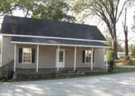 Foreclosed Home in Jonesville 29353 317 HARRIS ST - Property ID: 4073580