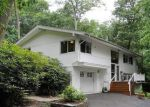 Foreclosed Home in Cold Spring Harbor 11724 4 GLEN WAY - Property ID: 4075090