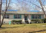 Foreclosed Home in Salemburg 28385 908 OLD FAYETTEVILLE RD - Property ID: 4076091