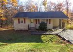 Foreclosed Home in Highland Lakes 7422 14 RUSTIC RD - Property ID: 4078817