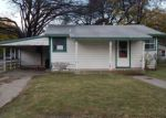 Foreclosed Home in Cleburne 76033 501 FRANKLIN ST - Property ID: 4079190