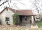 Foreclosed Home in Washington 15301 609 BUENA VISTA ST - Property ID: 4080541