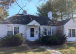 Foreclosed Home in Northfield 8225 706 SHORE RD - Property ID: 4081056