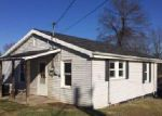Foreclosed Home in Elizabethton 37643 727 S WATAUGA AVE - Property ID: 4083508