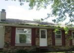 Foreclosed Home in Davenport 52804 3529 W HAYES ST - Property ID: 4086284