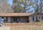 Foreclosed Home in Benton 72019 1038 HACIENDA DR - Property ID: 4086445
