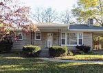 Foreclosed Home in Louisville 40220 2821 DELL BROOKE AVE - Property ID: 4086697
