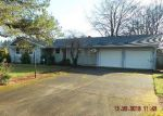 Foreclosed Home in Portland 97267 5748 SE VIEWCREST DR - Property ID: 4086841