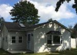 Foreclosed Home in Mastic Beach 11951 131 DIANA DR - Property ID: 4088085
