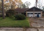 Foreclosed Home in Dickinson 77539 2125 GREENLEE LN - Property ID: 4088290