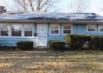 Foreclosed Home in Louisville 40220 3304 NOE WAY - Property ID: 4089424