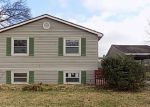 Foreclosed Home in Louisville 40228 8819 OLD IRONSIDES DR - Property ID: 4089428